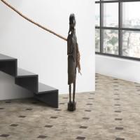 Treppe mit Kunst_5915_5920